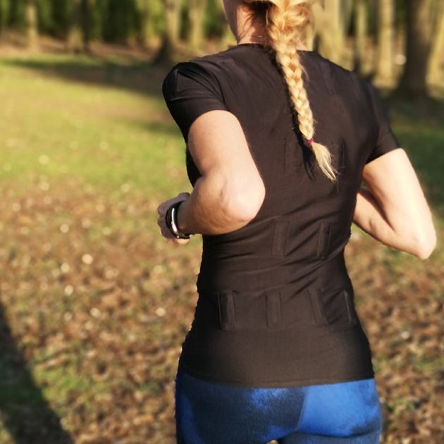 woman running with the magnetic t shirt